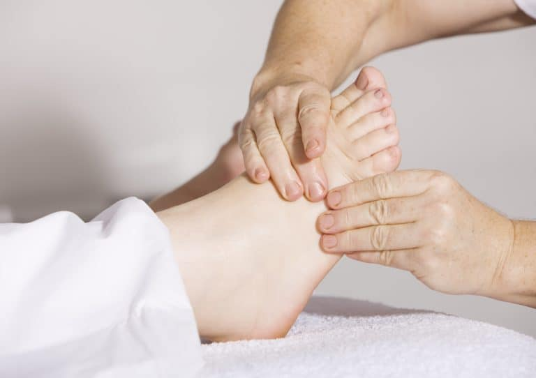 Reflexology-Foot-massage-holistic-garden